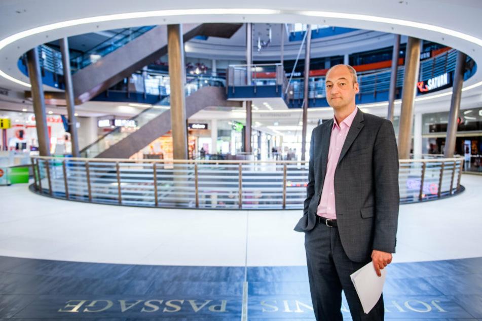 Enttäuscht, dass sein Center zu bleibt: Jörg Knöfel (52), Leiter der Galerie Roter Turm.
