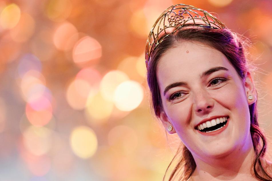 Gekührt: Eva (22) ist die neue Deutsche Weinkönigin!