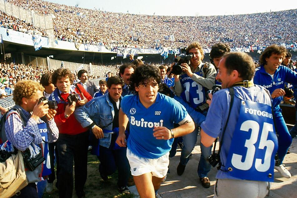 Diego Armando Maradona prägte den italienischen Fußball und ganz besonders den beim SSC Neapel nachhaltig.