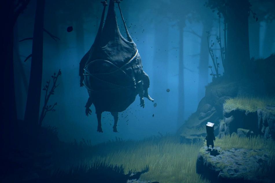 Als Mono zu sich kommt, befinden wir uns in einem Horror-Wald voller Gefahren.