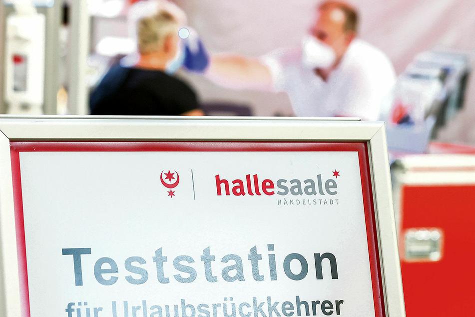 Am Flughafen Leipzig gab's bisher schon eine Teststation für Urlaubsrückkehrer. Der Dienst dort war bislang freiwillig und exklusiv für Bewohner aus Halle.