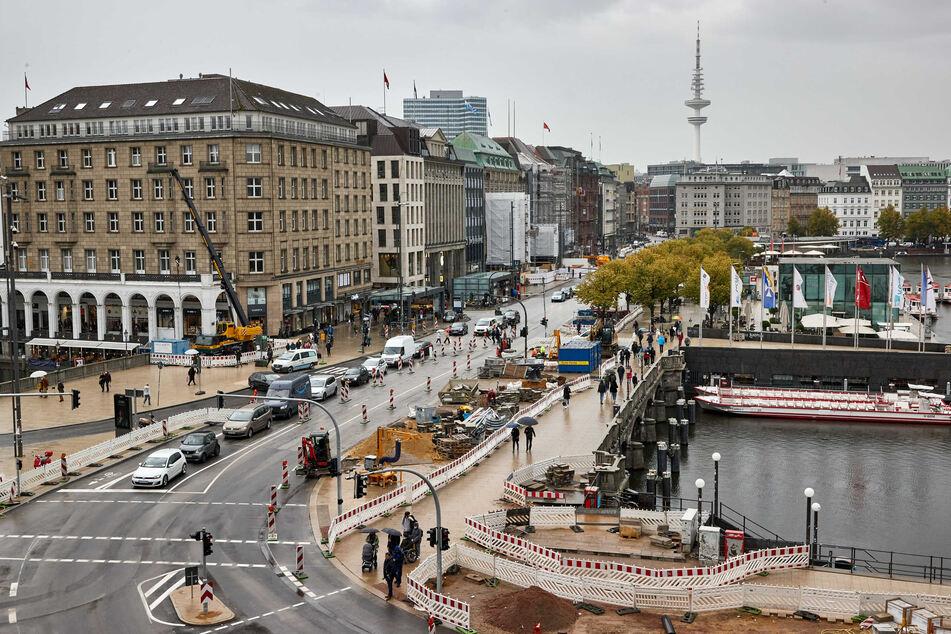Umbau am Jungfernstieg gestartet! Mehr Platz für Fußgänger