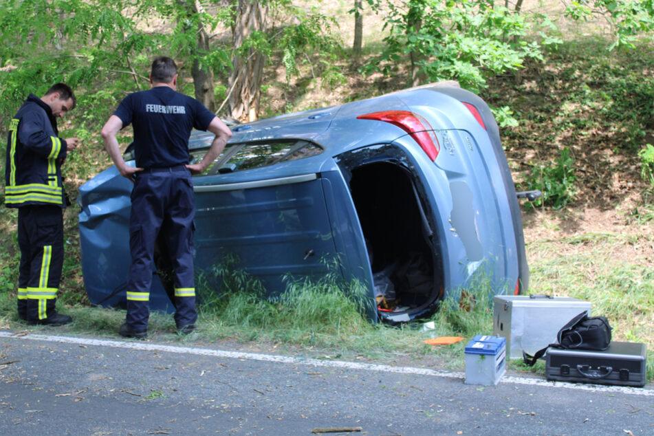 Der Mann wurde zunächst aus seinem Auto befreit, erlag aber auf der Fahrt zum Krankenhaus seinen Verletzungen.