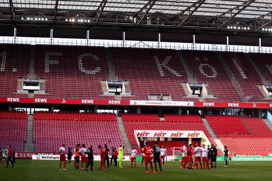 Die gänzlich verwaisten Ränge ließen der 1. FC Köln und der 1. FSV Mainz 05 mit einer munteren Partie phasenweise vergessen.