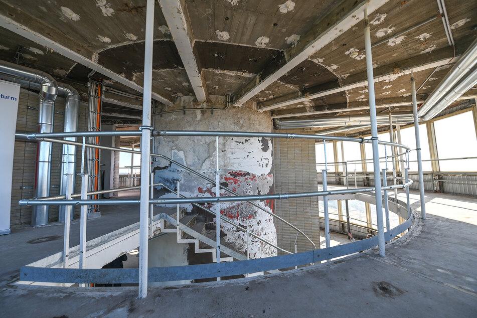 So sieht es zurzeit im Inneren des Fernsehturms aus, das wird sich aber bald ändern.