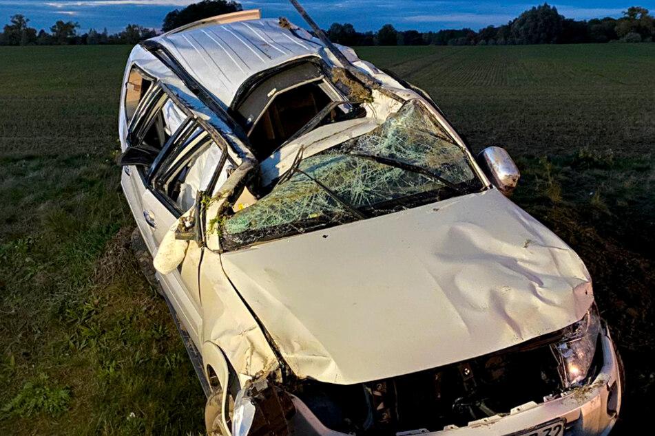 Auto überschlägt sich: Hubschrauber fliegt Hochschwangere ins Krankenhaus!