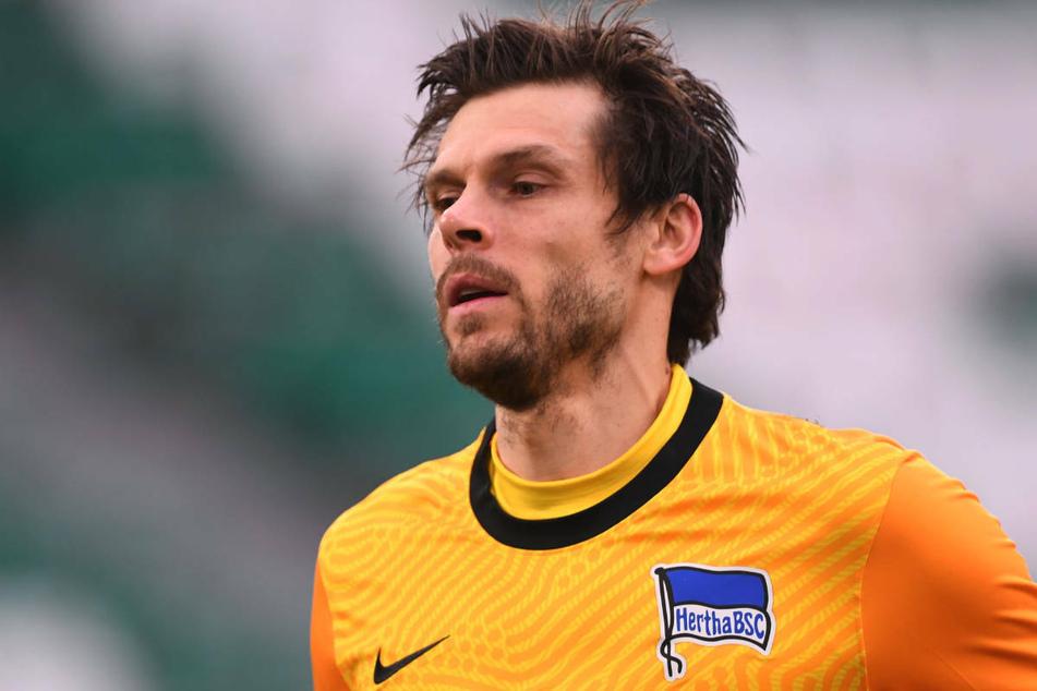 Keeper Rune Jarstein (36) hat sein Arbeitspapier bei Hertha BSC bis 2023 verlängert.