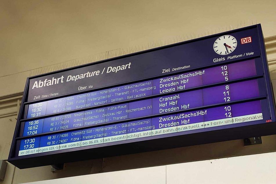 Im Chemnitzer Hauptbahnhof ist vom GDL-Streik wenig zu spüren.