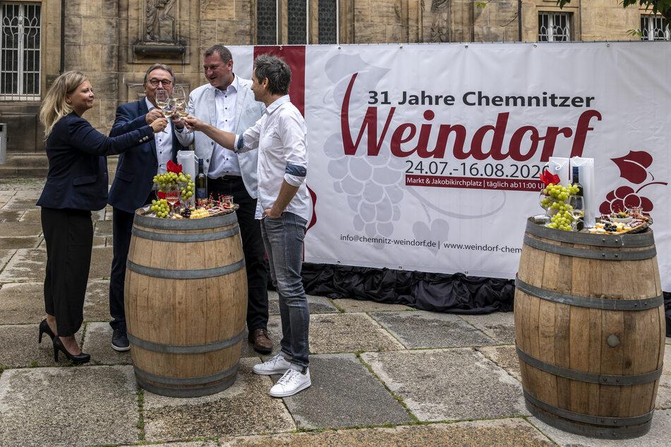 Auf dem Chemnitzer Weindorf ist feiern trotz Corona möglich.