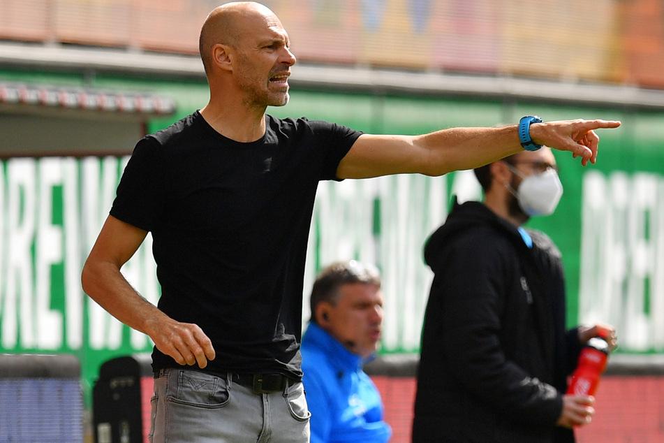 Alexander Schmidt ist bislang vier Spiele bei Dynamo. Es gab 10 Punkte und kein Gegentor.