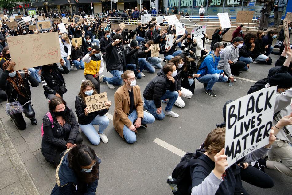 Zehntausende protestierten in NRW-Städten gegen Rassismus