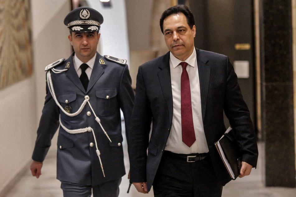 Hassan Diab, Ministerpräsident des Libanon, will seinem Kabinett nach der verheerenden Explosion in Beirut vorgezogene Neuwahlen vorschlagen.
