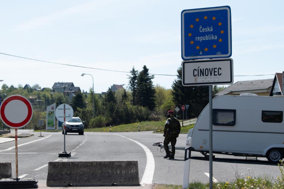 Auch der Grenzübergang Cinovec öffnet ab Freitag wieder.