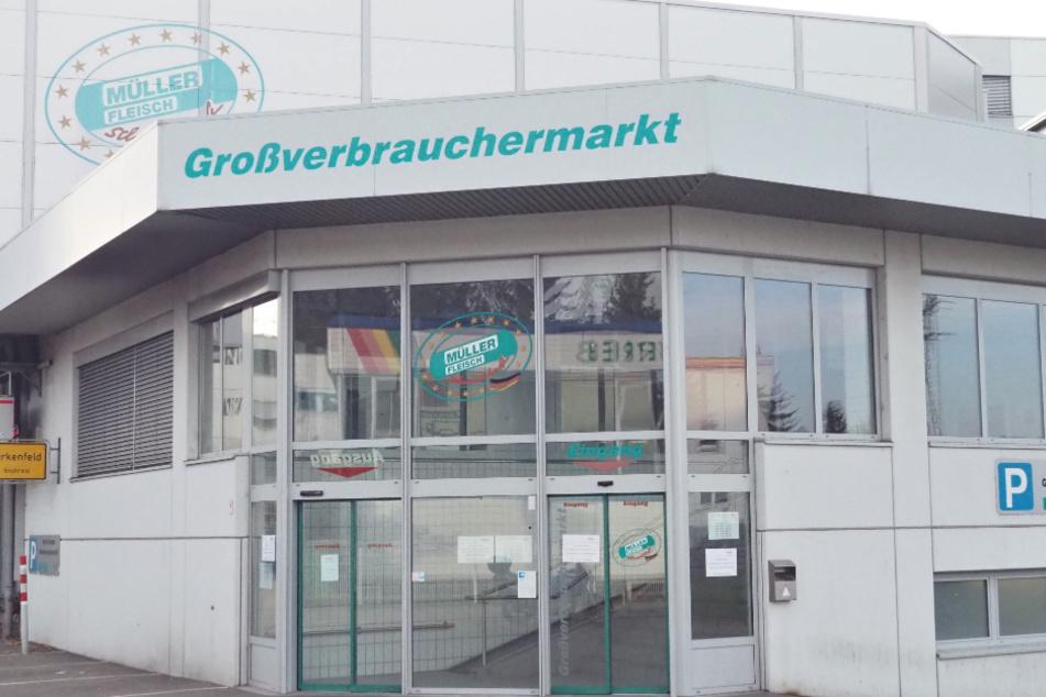 168 ausländische Beschäftigte mit Coronavirus infiziert: Gewerkschaft kritisiert Fleischwerk
