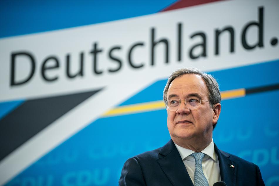 """Die Forderung des NRW-Ministerpräsidenten Armin Laschet (60, CDU) nach einem schnellen und harten """"Brücken-Lockdown"""" hat ein geteiltes Echo ausgelöst. (Archivfoto)"""