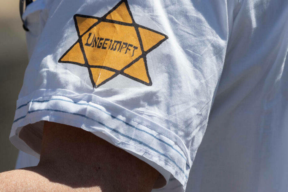 "Kirche fordert Verbot des ""Judensterns"" bei Corona-Demos"
