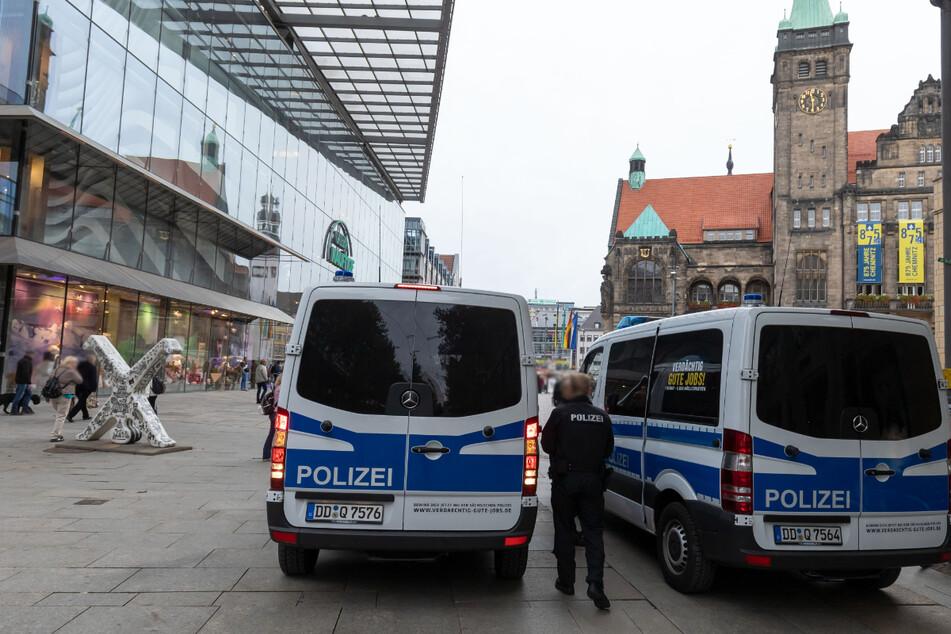 Chemnitz: Proteste gegen Corona-Politik: Polizei stellt zahlreiche Verstöße fest