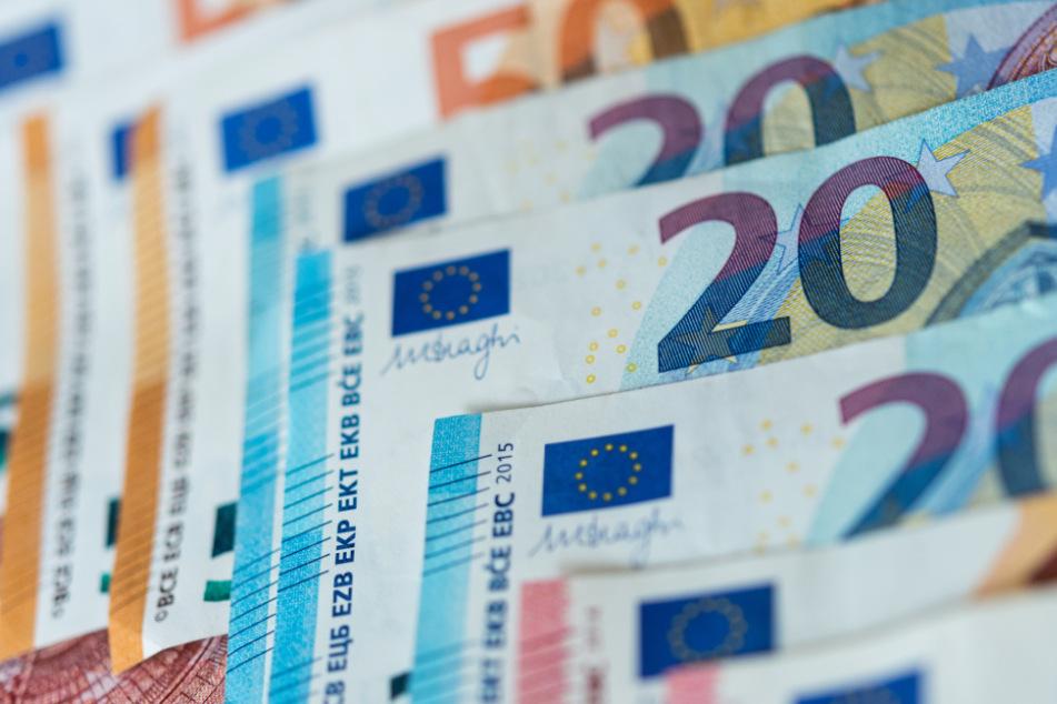 Das Corona-Sondervermögen der hessischen Landesregierung hat ein Volumen von fast 1,2 Milliarden Euro (Symbolbild).