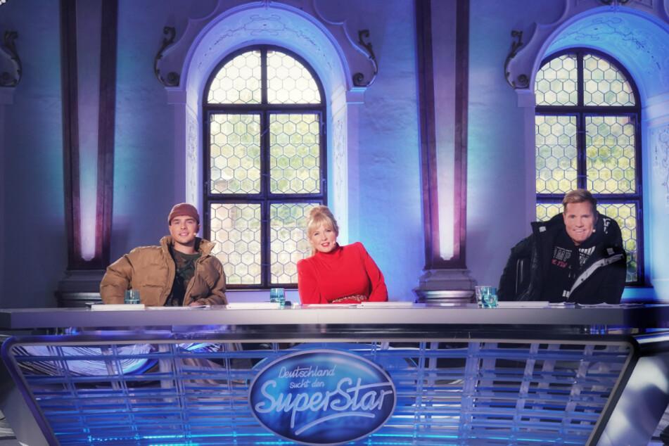 """Die Jury von """"Deutschland sucht den Superstar"""" (DSDS), Mike Singer (v.l.n.r.), Maite Kelly und Dieter Bohlen."""