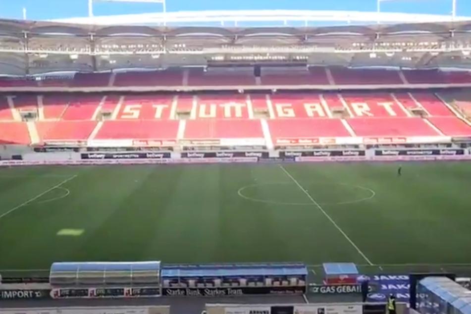 Claus Vogt filmte vor dem Anpfiff gegen Eintracht Frankfurt aus der leeren Mercedes-Benz-Arena.