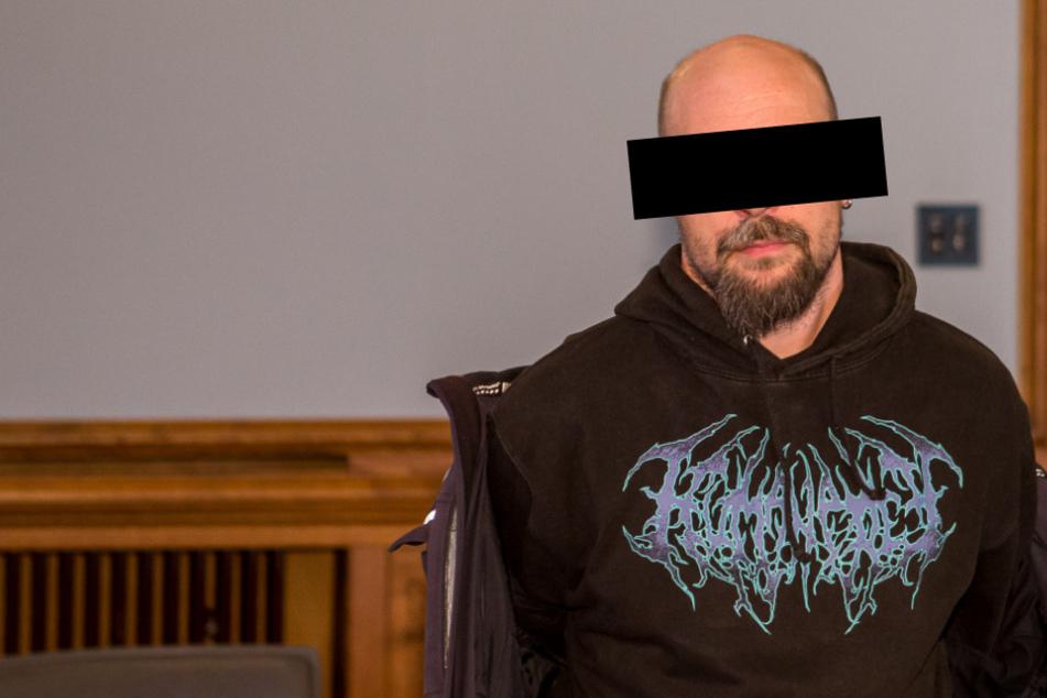 Beschäftigt seit 1996 immer wieder die Justiz: Christian S. (40) soll von 2008 bis 2019 mehrere Mädchen missbraucht haben.