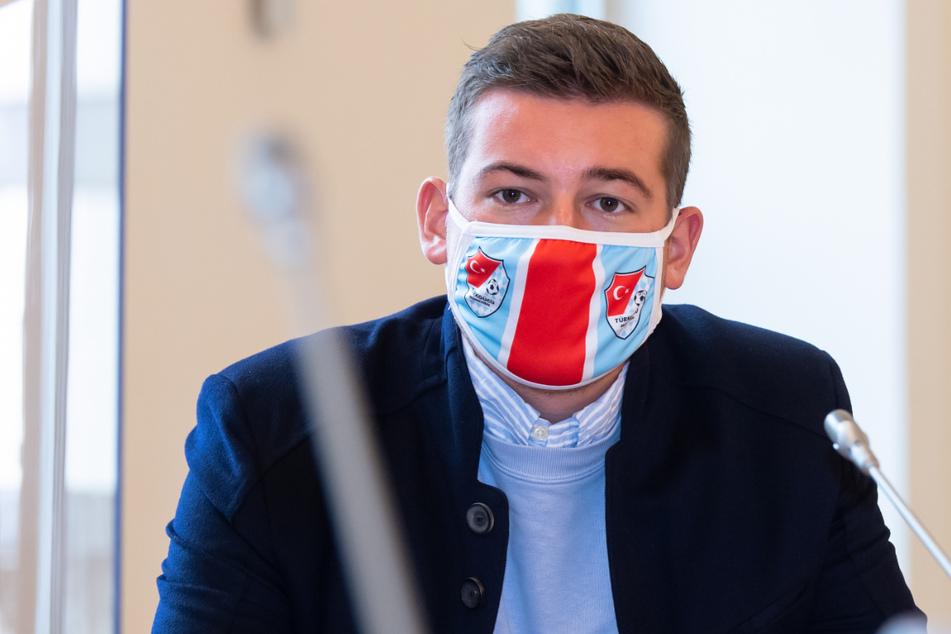 Max Kothny (24), Geschäftsführer von Türkgücü München, und der Klub wollen Sercan Sararer weiterhin binden.