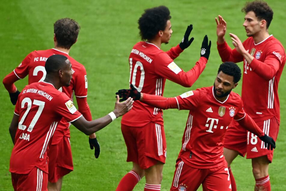 Friede, Freude, Eierkuchen beim FCB: Die Bayern sind nach dem Sieg gegen den VfB weiterhin auf Meisterkurs.