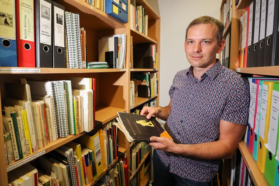 Michael Ritter, Professor für Grundschuldidaktik an der Martin-Luther-Universität Halle/Wittenberg, im Archiv des Instituts.