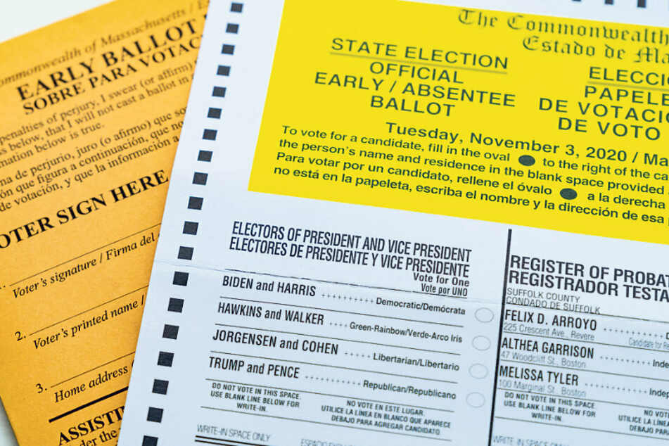 So sieht ein sogenannter Mail-In-Vorab-Stimmzettel aus: Eine Woche vor der Wahl haben damit bereits mehr als 70 Millionen US-Amerikaner abgestimmt.