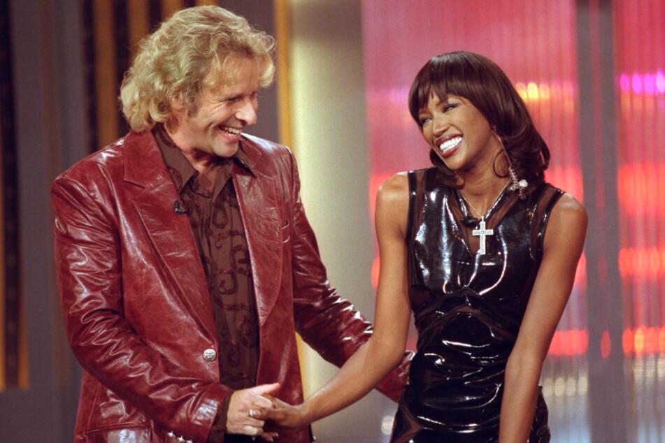 """Gottschalk hatte bei """"Wetten, dass..?"""" Weltstars zu Gast. Wie hier im März 2000 Model Naomi Campbell."""