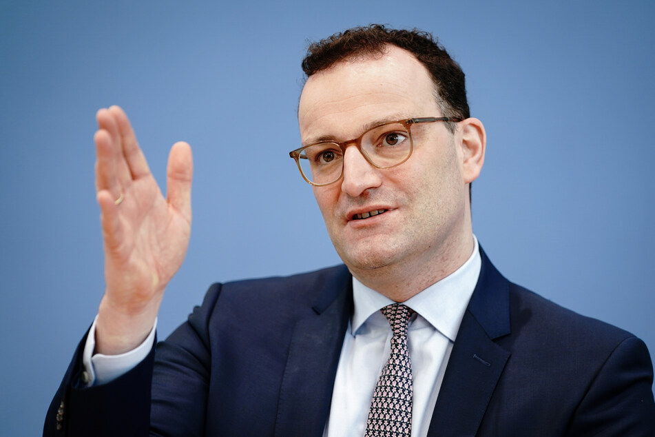 Bundesgesundheitsminister Jens Spahn (40, CDU) bei der Pressekonferenz zur Corona-Lage vor Ostern.