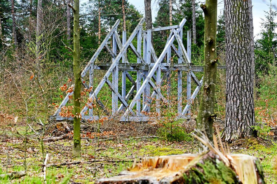"""Dieses Kunstwerk heißt """"Drei Brücken"""" ..."""