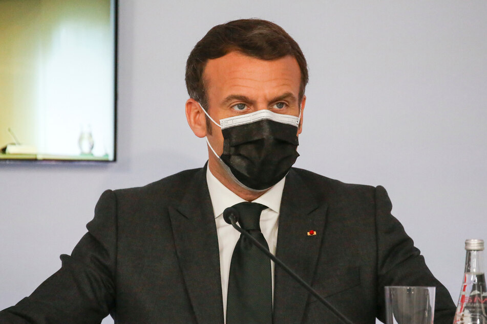 Präsident Emmanuel Macron (43).