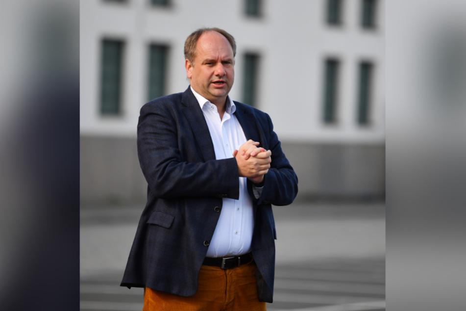 """OB Dirk Hilbert will eine halbe Million Euro locker machen, um die """"Dresdner Kulturinseln 2020"""" zu ermöglichen."""