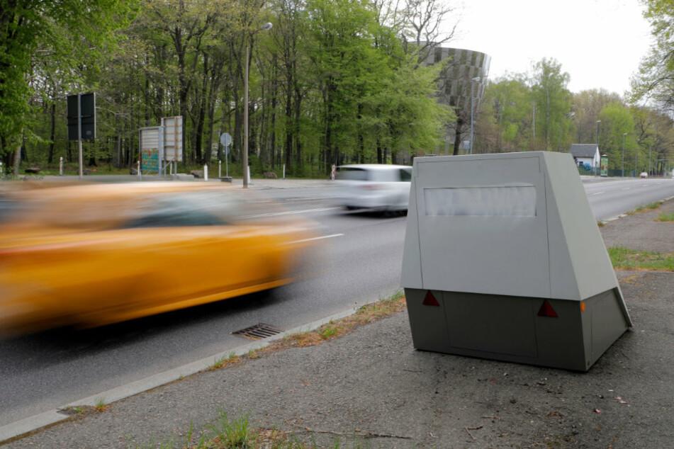 Chemnitz: Es wird wieder geblitzt! Superblitzer nach Farbattacke wieder im Einsatz