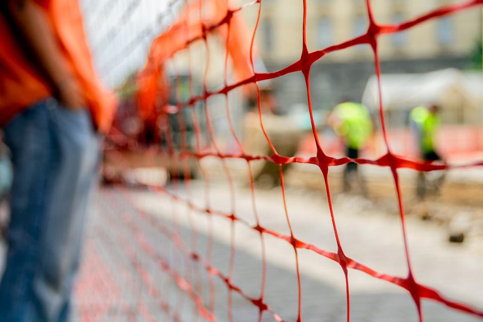 Bub stürzt vor 14 Jahren in Baugrube: Berufungsprozess unter besonderen Umständen in München