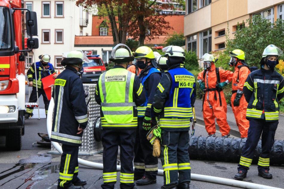 Alarm an der Frankenklinik in Bad Kissingen: Die Feuerwehr war mit einem Großaufgebot vor Ort.