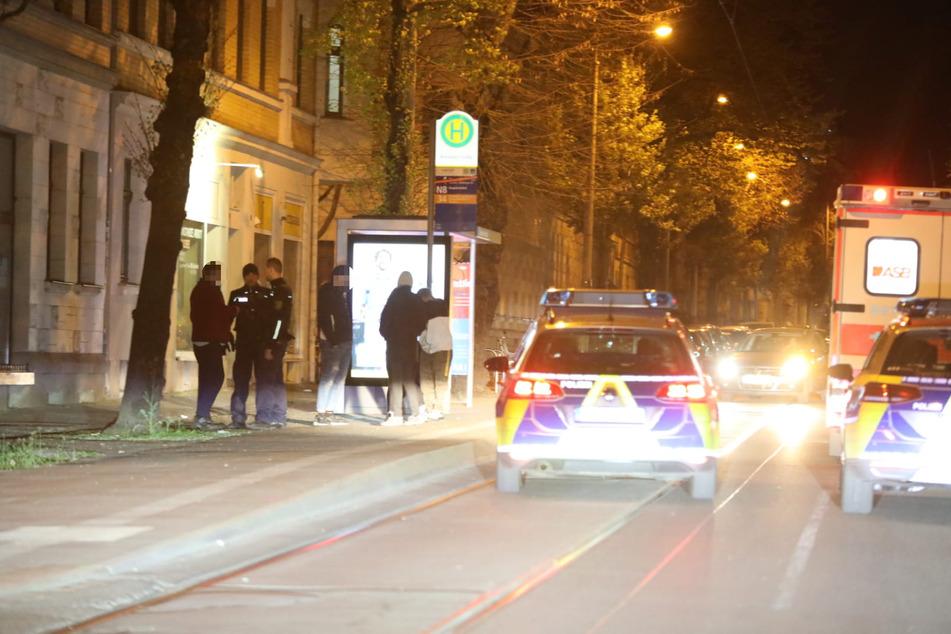 Nachdem Zeugen die Polizei gerufen hatten, konnten die Täter schnell gestellt werden.