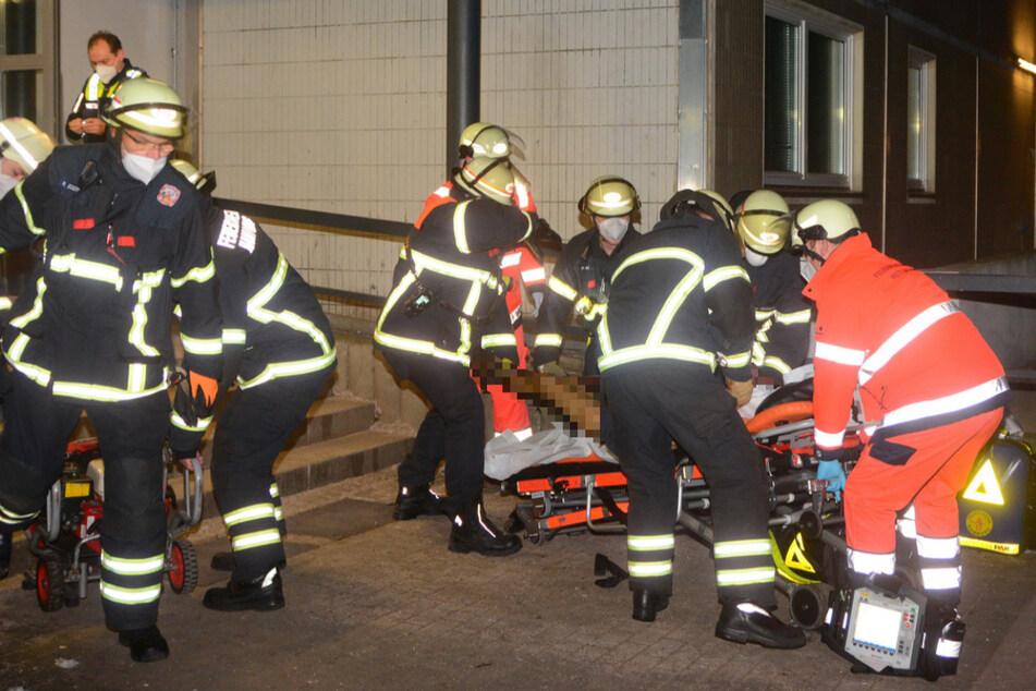 Hamburg: Mann bei Brand in Hamburger Hochhaus lebensgefährlich verletzt