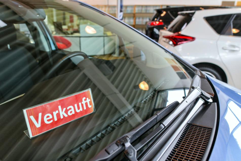 19-Jährige brechen bei Händler ein, um Luxusautos anzuschauen