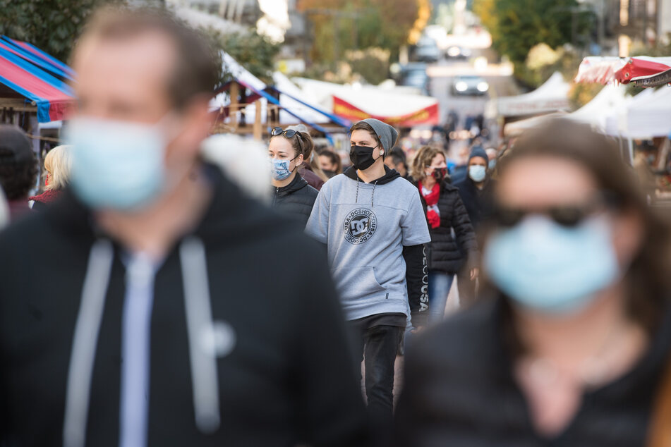 In der Schweiz wurden zuletzt mehr als 10.000 Neuinfektionen innerhalb eines Tages gemeldet.