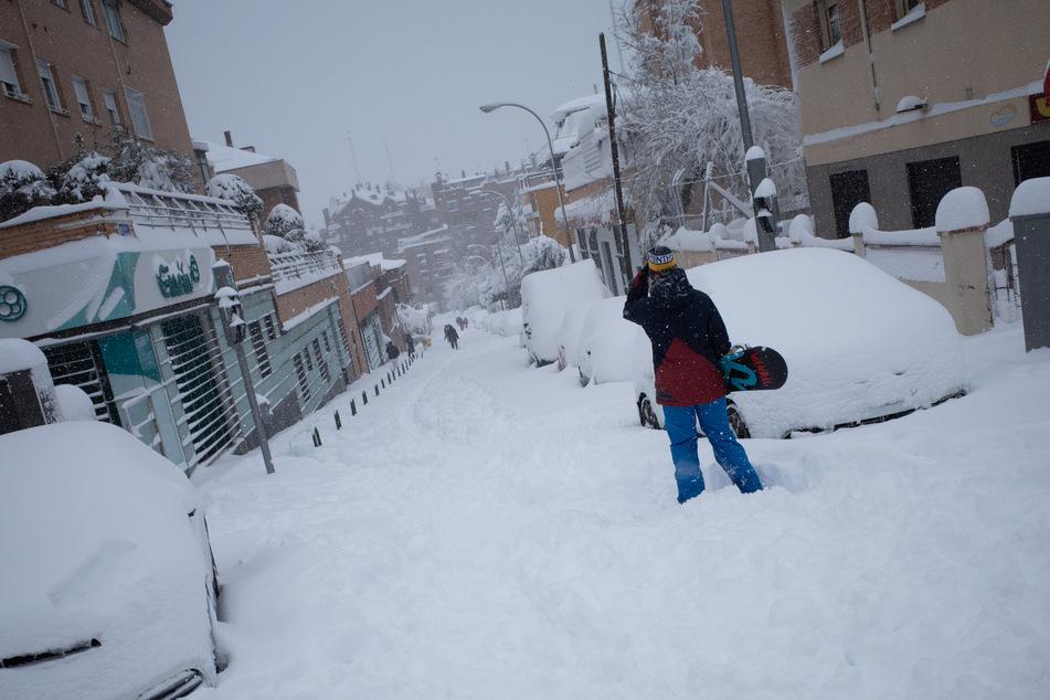 Laut des Wetterdienstes AEMET gab es solch einen Schneefall in Spanien das letzte Mal im Februar 1984.
