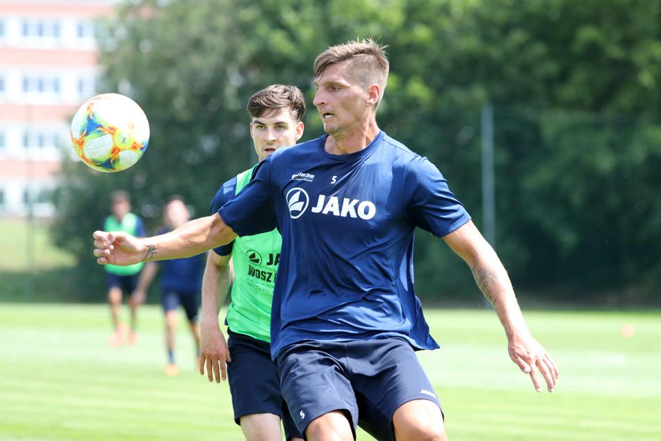 Jovan Vidovic (l.) bei seiner ersten Einheit beim CFC. Er kommt aus Flensburg.
