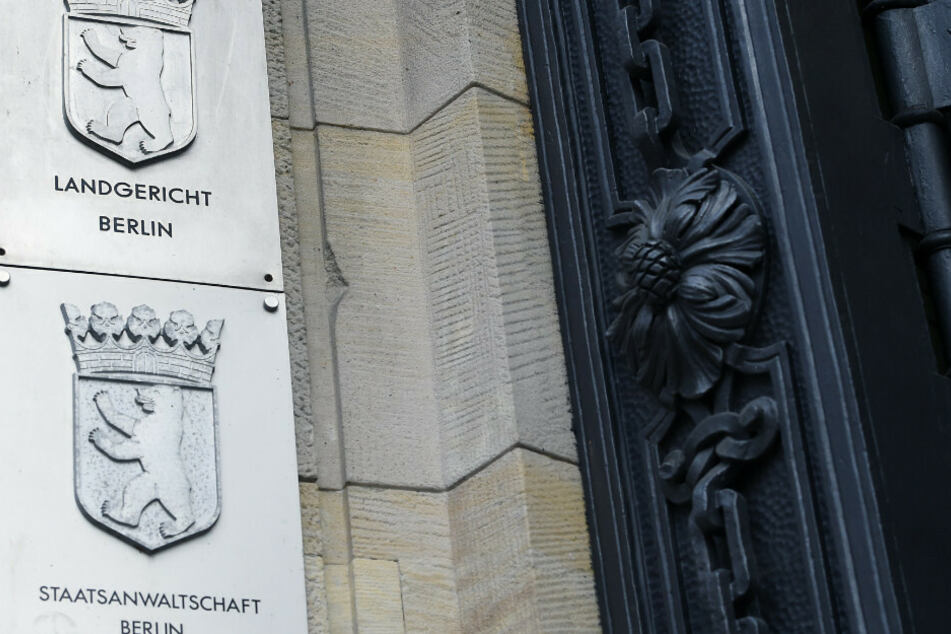 Am Berliner Landgericht wird der Prozess um die Tötung einer Frau vor 33 Jahren neu aufgerollt. (Symbolbild)