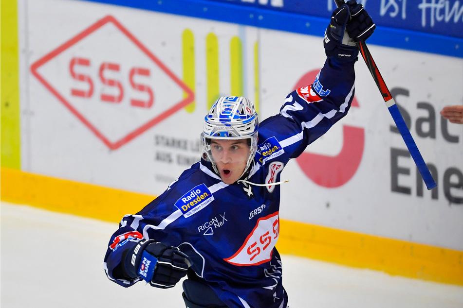 Eislöwen-Eigengewächs Matej Mrazek machten den Deckel zum Sieg über die DEG drauf.