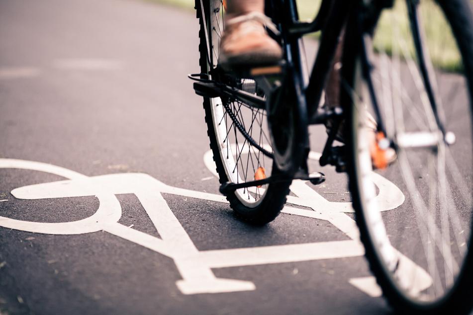 Fahrrad-Aktivisten kalt gestellt: Aktion der Polizei sorgt für Mega-Shitstorm im Netz