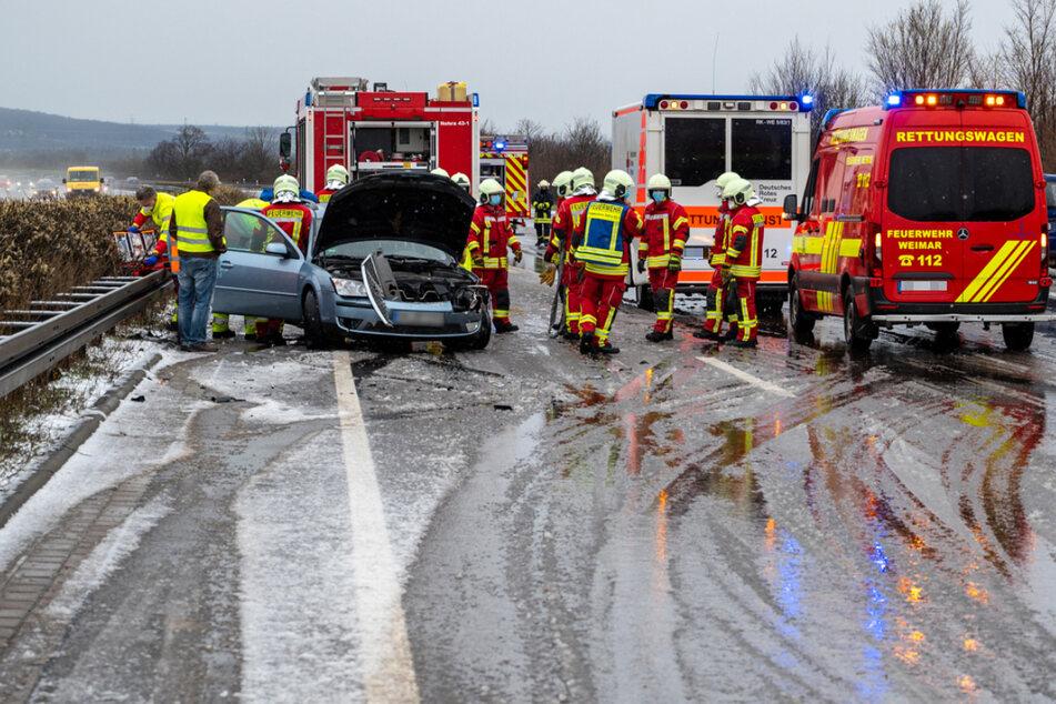 Wintereinbruch sorgt für etliche Unfälle auf Thüringer Autobahnen