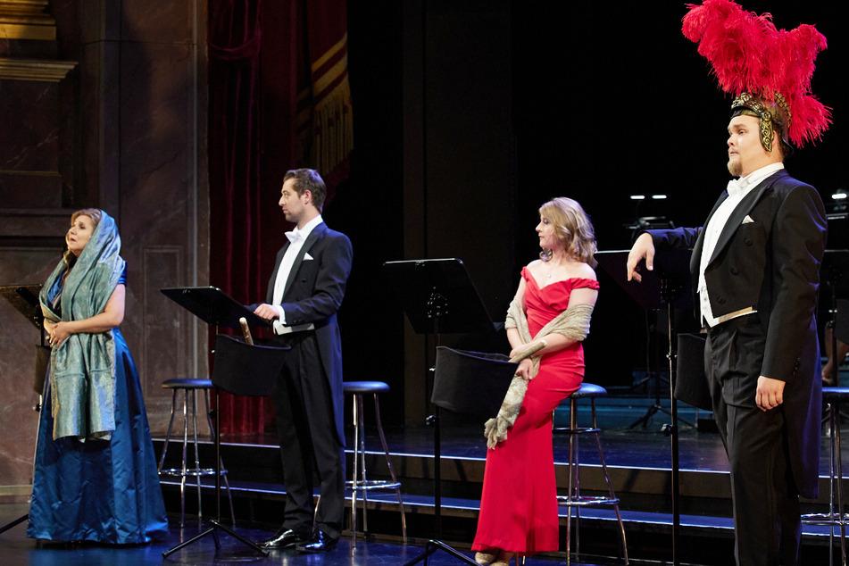 """Das Münchner Gärtnerplatztheater hat den Monty-Python-Klassiker """"Das Leben des Brian"""" auf die Bühne gebracht."""