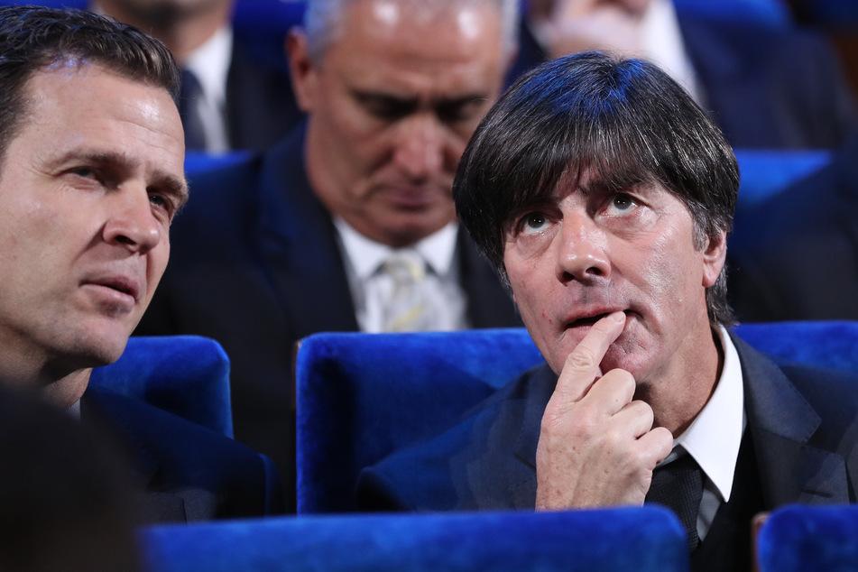 Nationalmannschaftsdirektor Oliver Bierhoff (52, l.) und Noch-Bundestrainer Joachim Löw (61, r.).