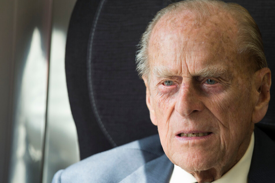 Sorge um Prinz Philip: Mann von Queen Elizabeth II. in Klinik eingeliefert